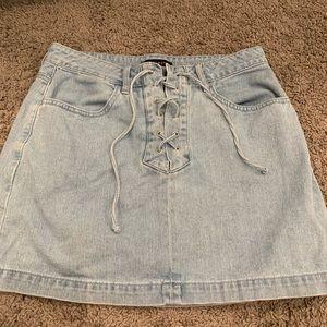 Cute Denim Skirt - size 27